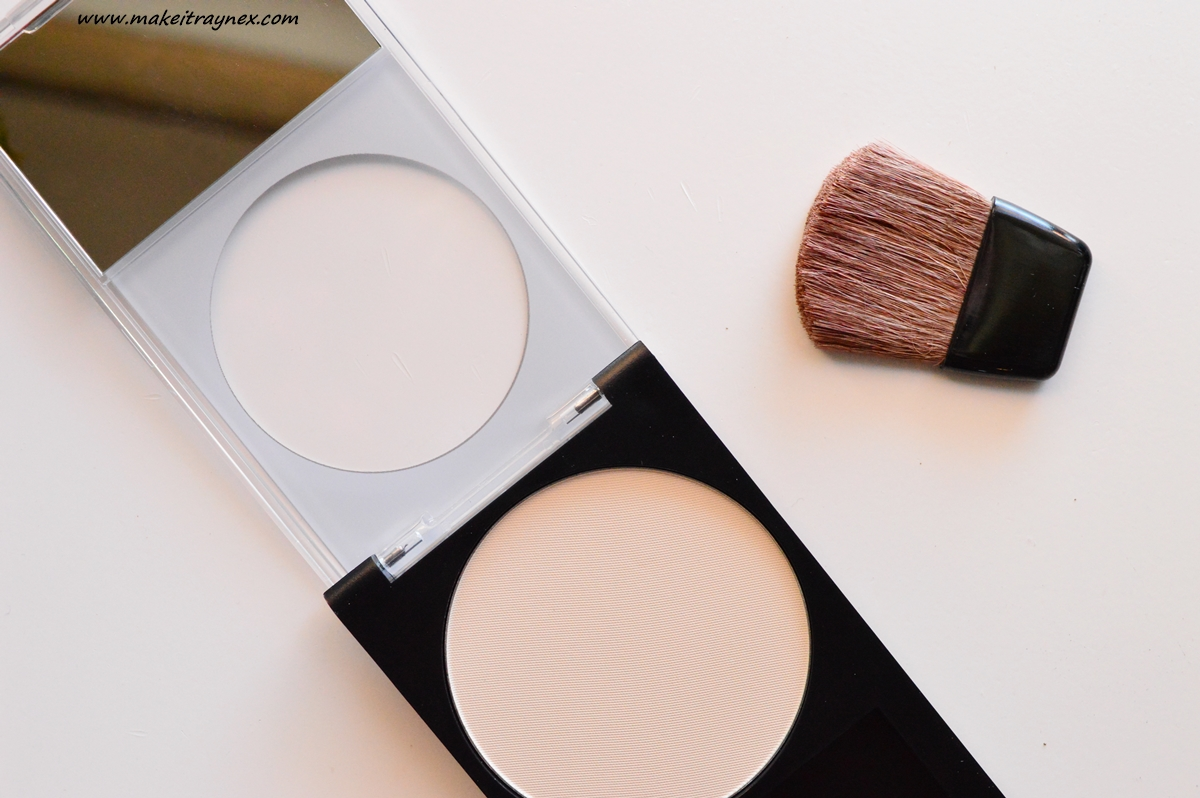 PhotoReady Translucent Finisher from Revlon {REVIEW}